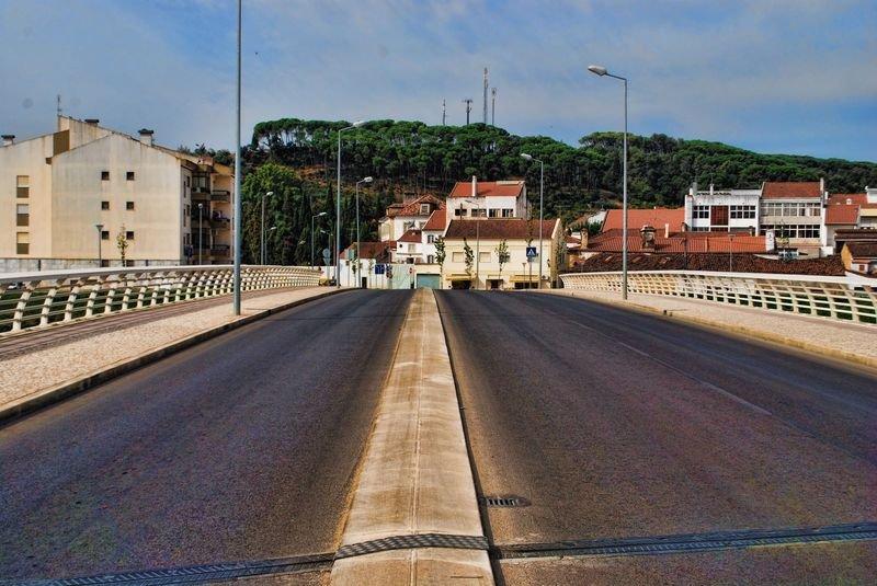 Ponte do Flecheiro at Horta Del Rey Avenue in the City of Tomar