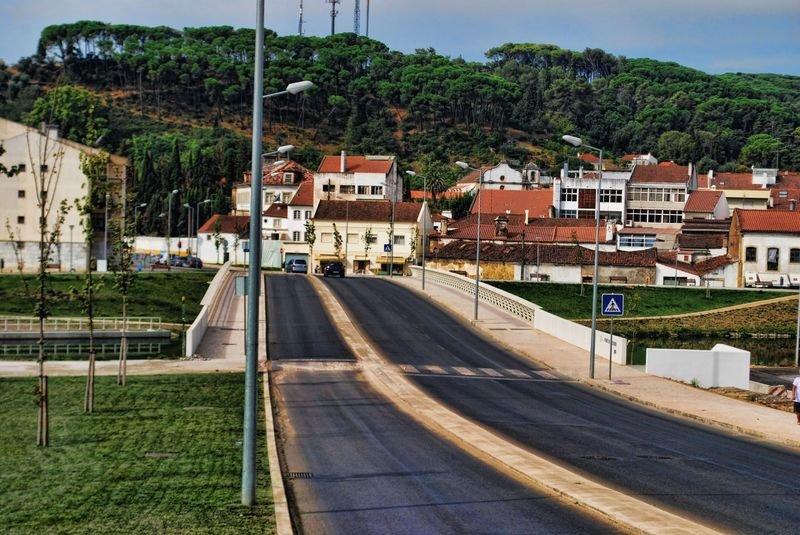 Ponte do Flecheiro over Nabão River in the City of Tomar