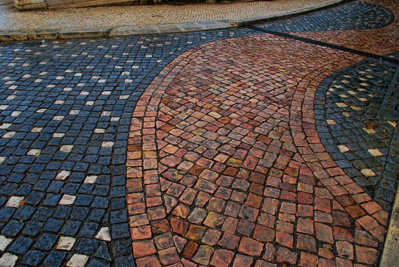 Modern cobblestone design in Tomar, Portugal