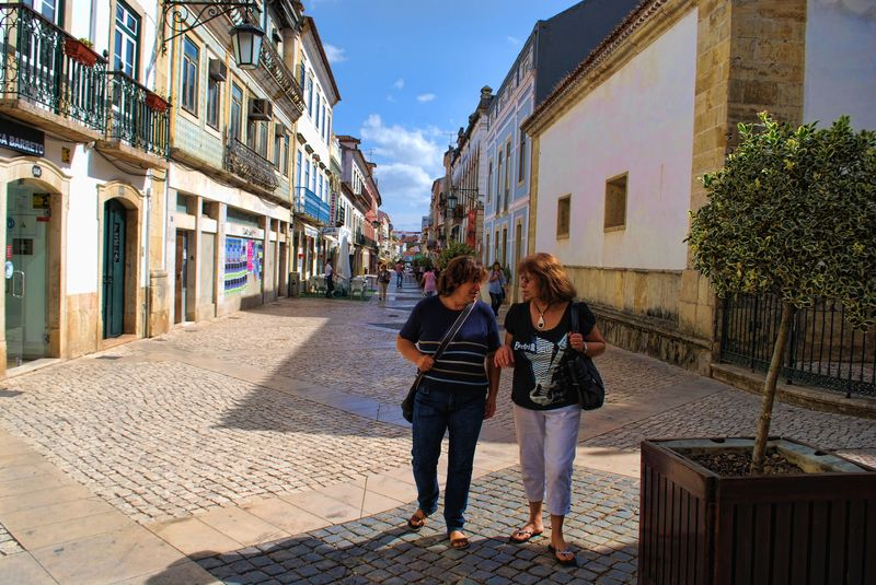 Conversation at Rua Serpa Pinto in the City of Tomar in Portugal