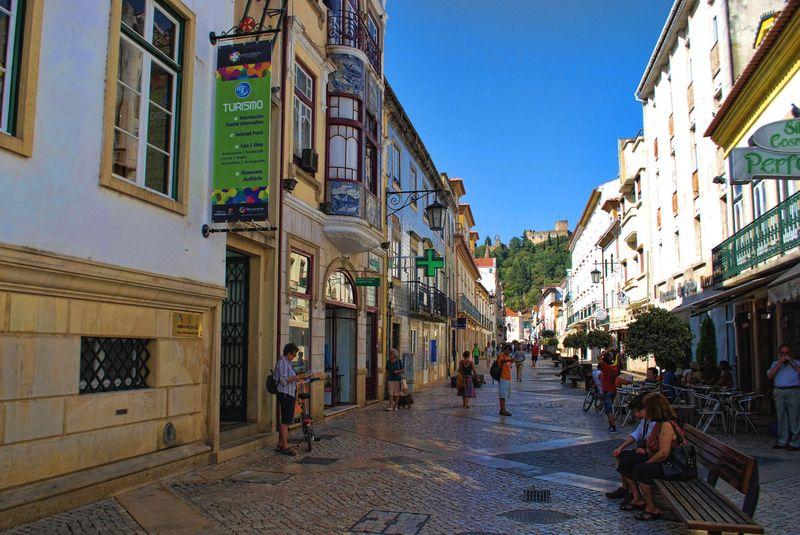 Rua Serpa Pinto in Tomar, Portugal