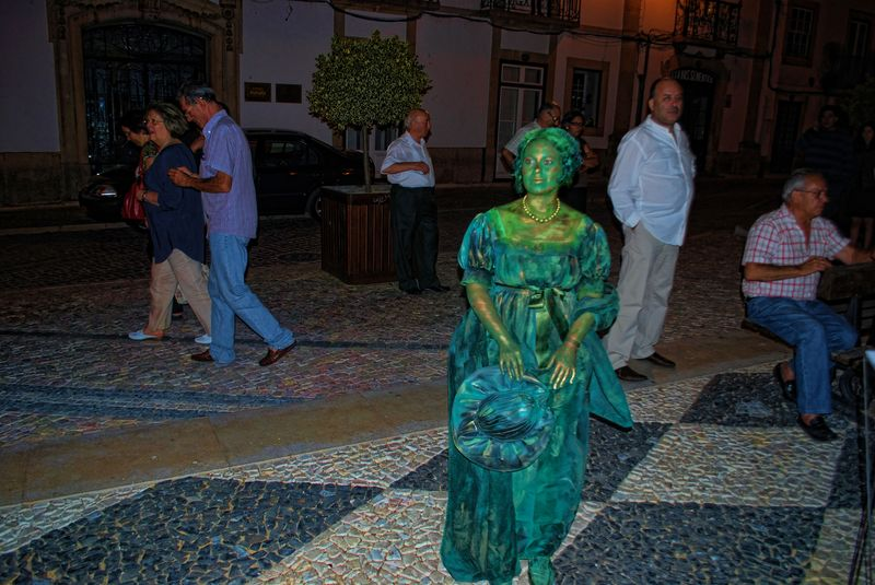 Human Statue of Angela Tamagnini in the City of Tomar in Portugal