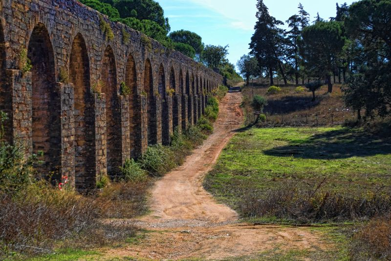 Unpaved pathway at the Aqueduct of Pegões near the City of Tomar in Portugal