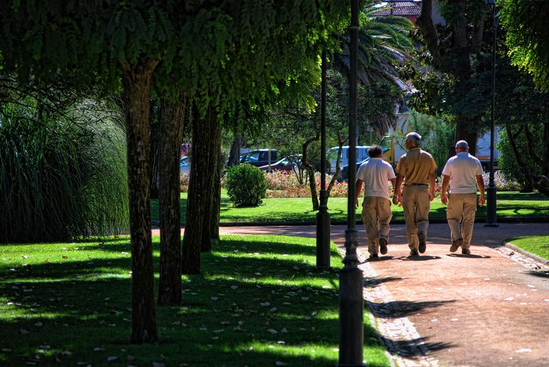 Gentlemen walking in the garden of Varzea Pequena in the City of Tomar