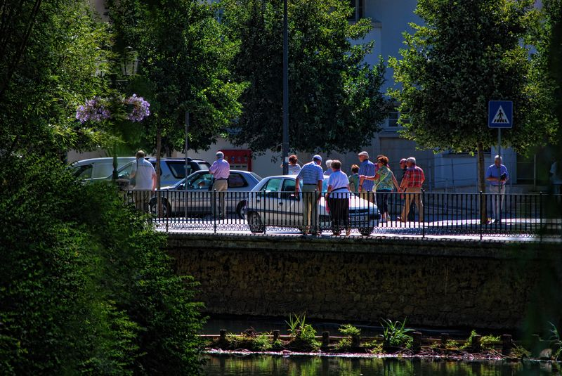 Tourists near Varzea Pequena in the City of Tomar