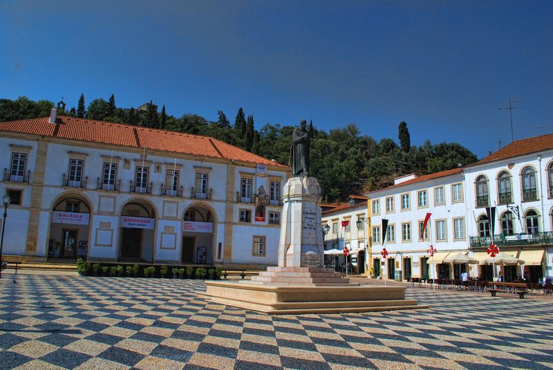 Gualdim Pais statue at Praça da República in the City of Tomar
