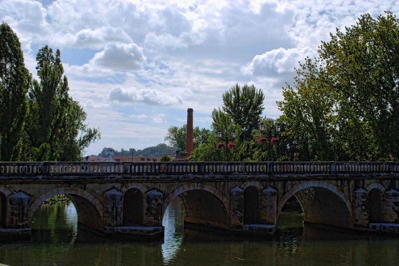 Sky in Tomar, near the Old Bridge