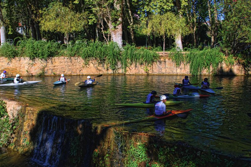 Canoeing is a popular sporting activity in the City of Tomar