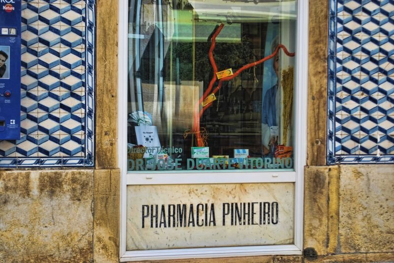 Tiles at Torres Pinheiro Pharmacy in the City of Tomar