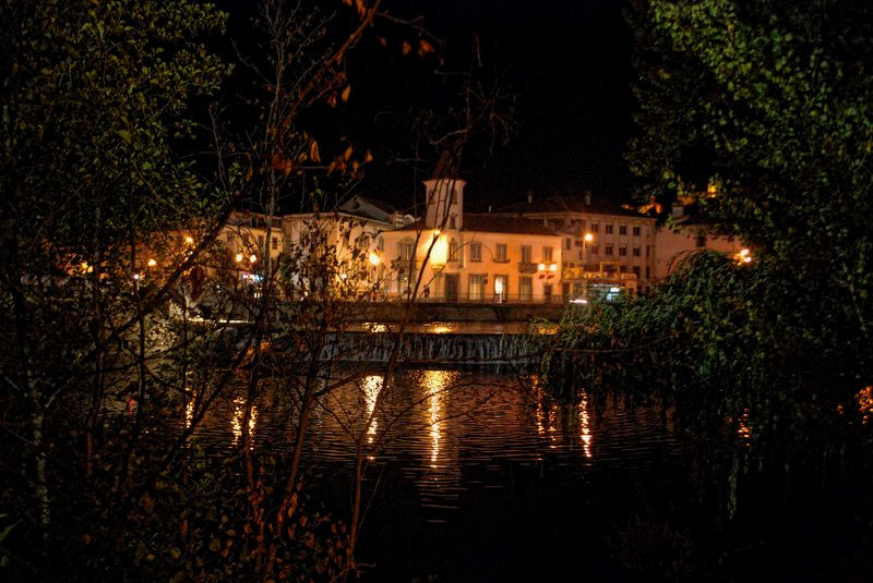 Nabão River at night, shot from Mouchão Park in the City of Tomar in Portugal