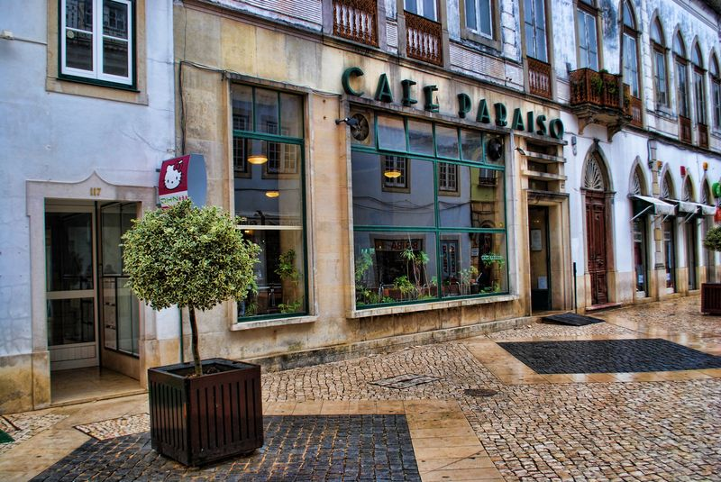 Café Paraíso at Rua Serpa Pinto in the City of Tomar in Portugal