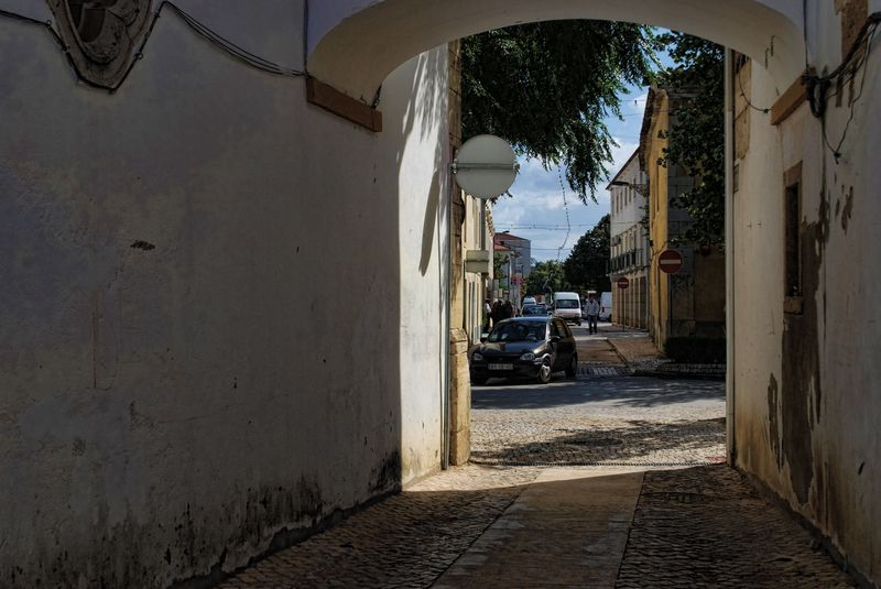 Arch Lane in Tomar, Portugal