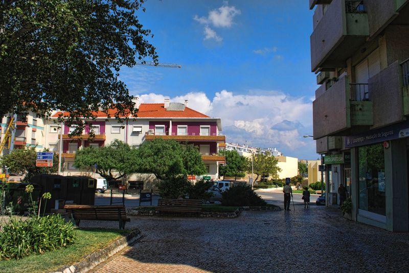 Near Marisqueira Restaurant at Avenida Norton de Matos in Tomar