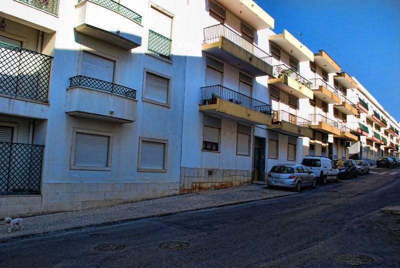 Suburbs at Rua da Cascalheira in Tomar