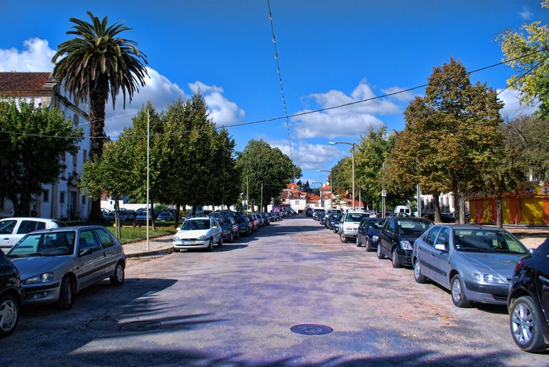 Cars at Avenida General Bernardo Faria at Varzea Grande in Tomar