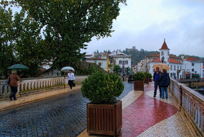 Raining in the City of Tomar at the old bridge