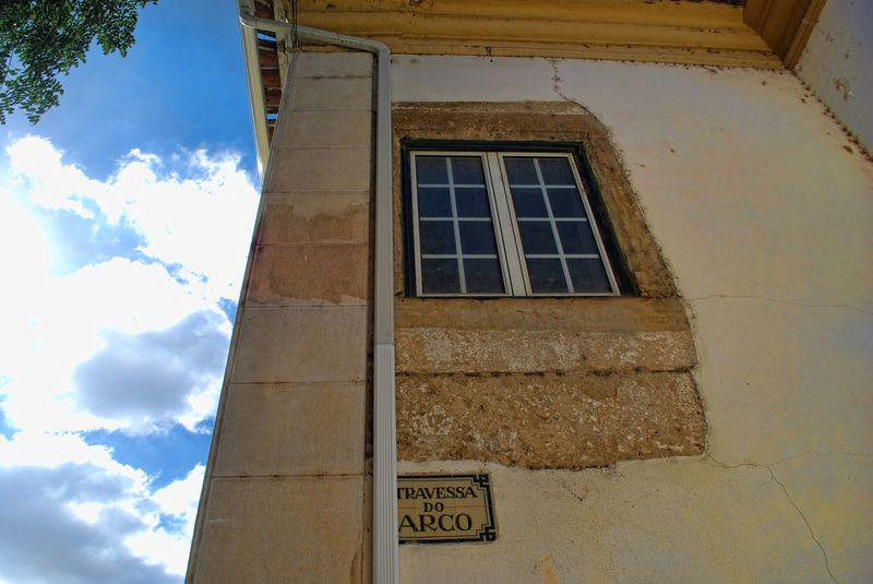 A window at Tv. do Arco in the City of Tomar in Portugal